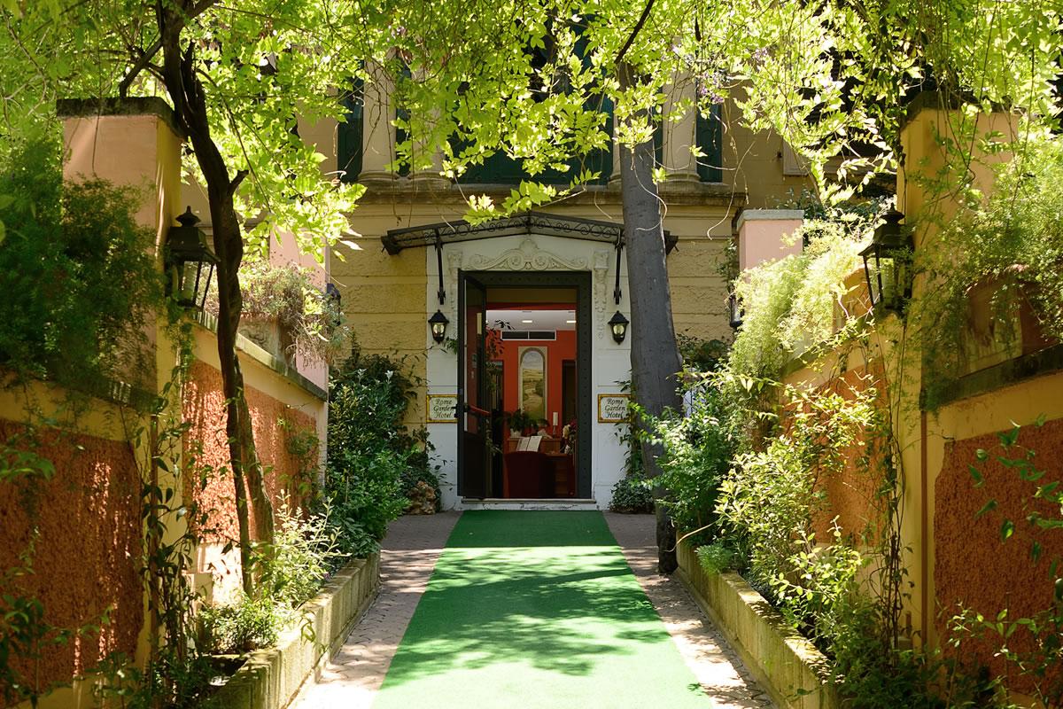... Rome Garden Hotel   Vialetto Du0027ingresso ...